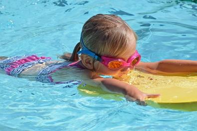 Schwimmkurs für Anfänger 4-6 Jahre  (m. Eltern)